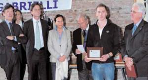 Premio 2010 - Torre di Malta . F.lli Gabrielli e Presidente CONI Veneto Gianfranco Bardelle (dx)